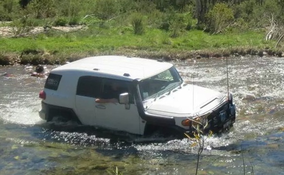 FJ Cruiser River Crossing
